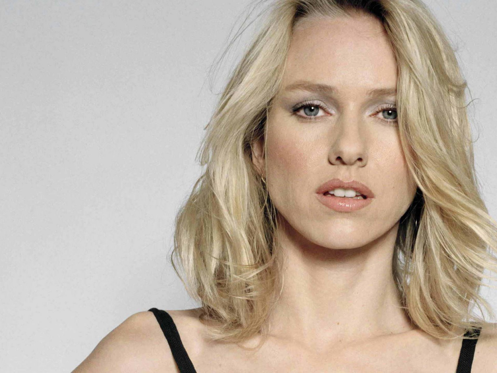 Naomi Watts Beatiful 3 wallpapers | Naomi Watts Beatiful 3 stock ...