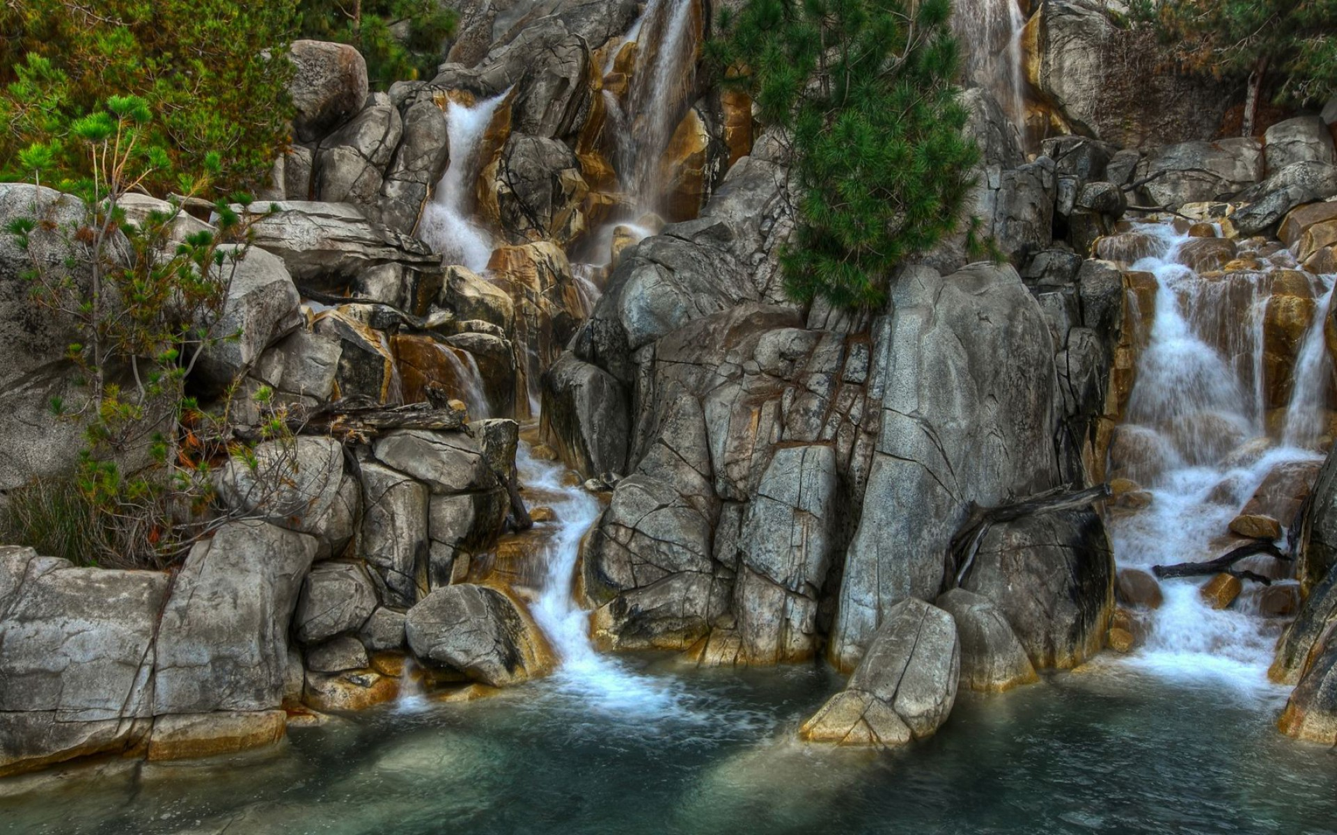 Nice rocks waterfalls plants wallpapers nice rocks for Rock waterfall