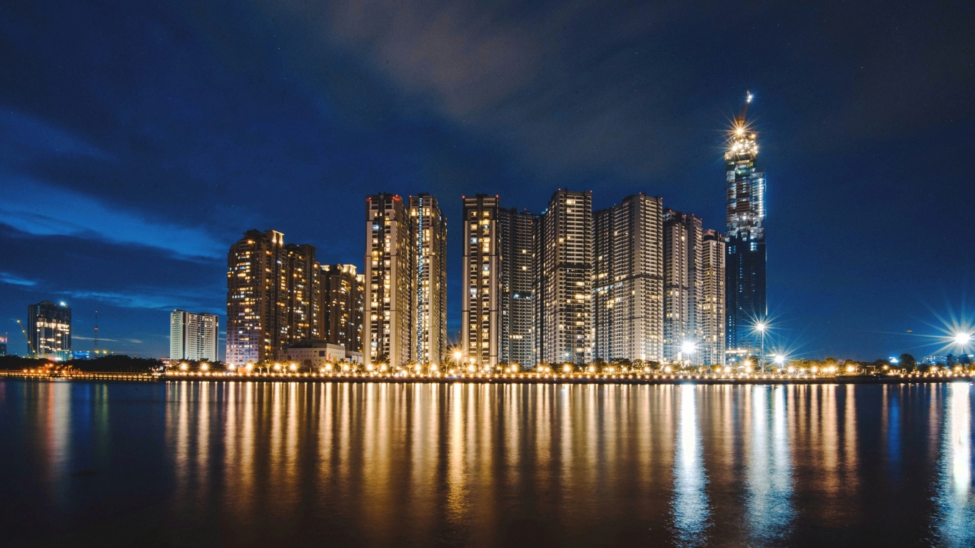 1366x768 night city, panorama, shore