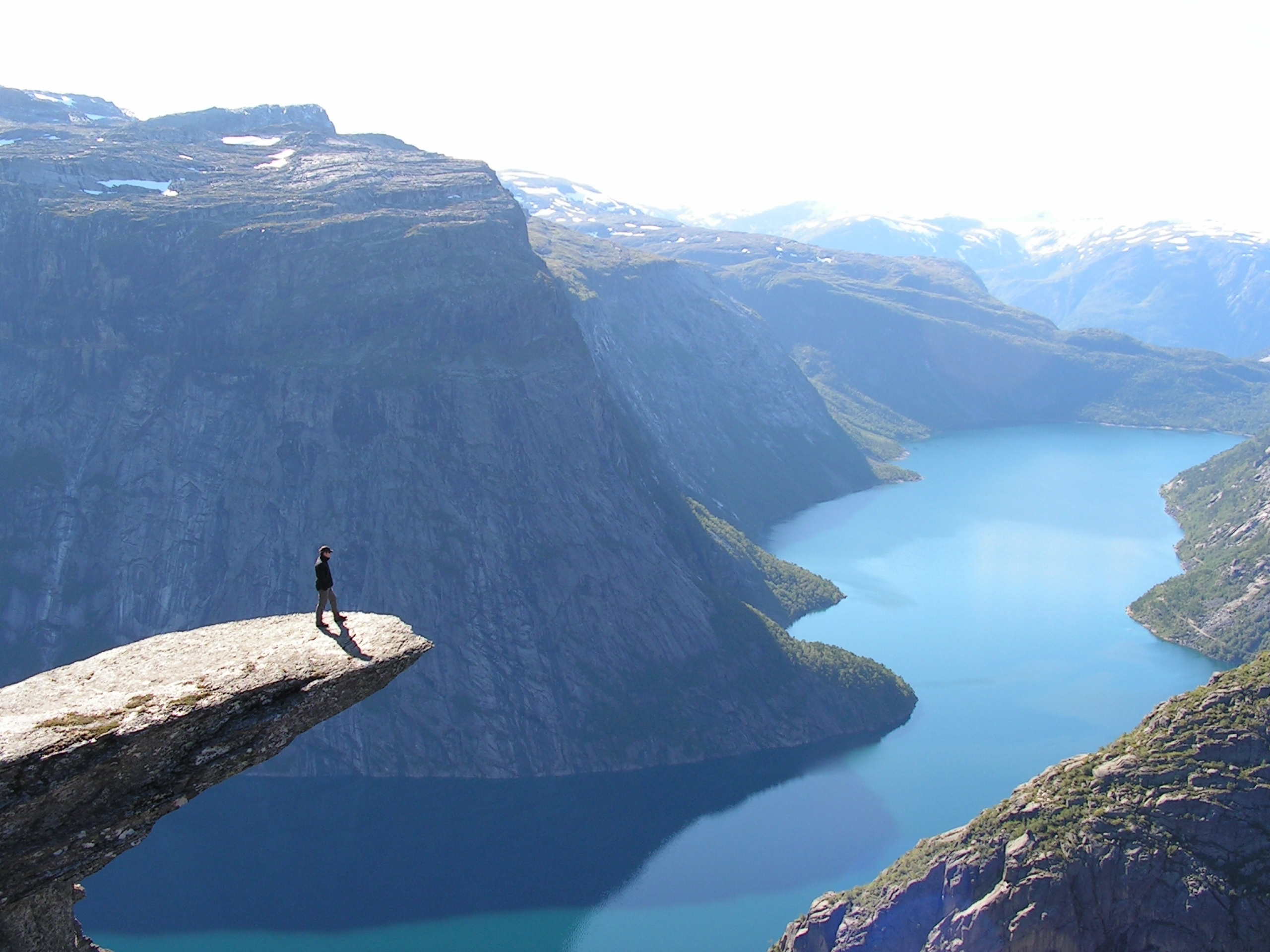 Norway fjord aeral view wallpapers norway fjord aeral for Define scandinavian