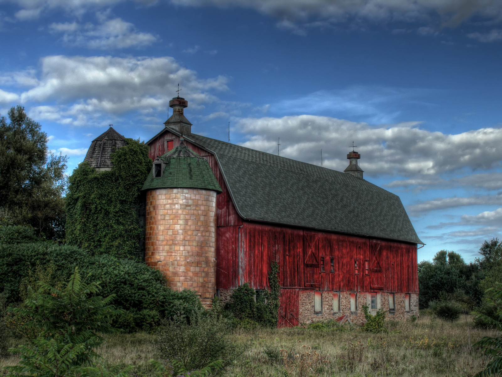 Image Old Red Barn Wallpapers And Stock Photos