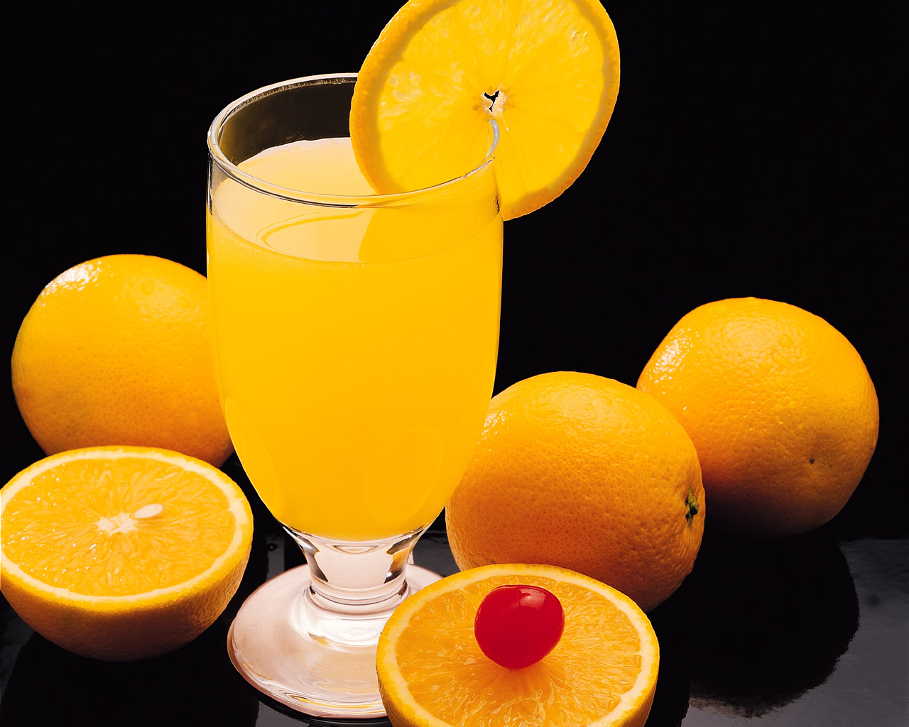 1280x1024 Orange Cocktail