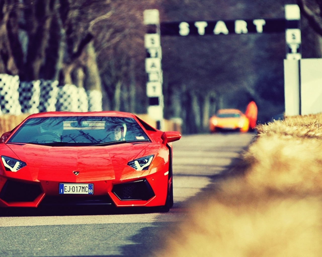 Most Inspiring Wallpaper Mac Lamborghini - orange-lamborghini-aventador-on-the-track_wallpapers_34505_1280x1024  2018_711797.jpg