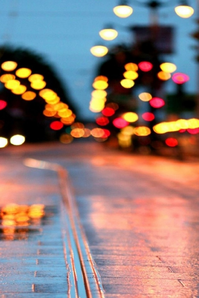 640x960 Rainy Street At Night Iphone 4 Wallpaper