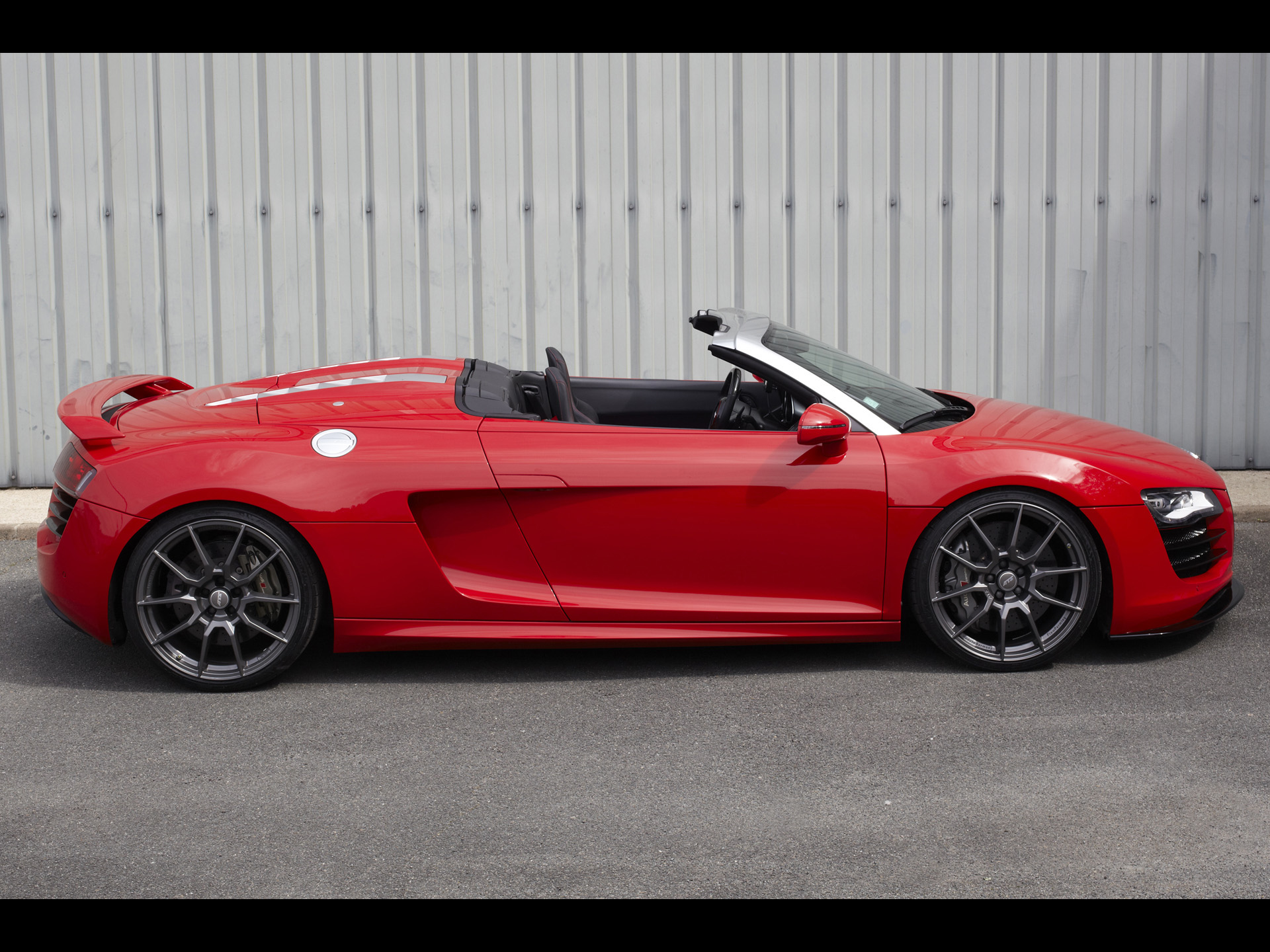 1920x1440 Red R8 Side View Desktop Pc And Mac Wallpaper