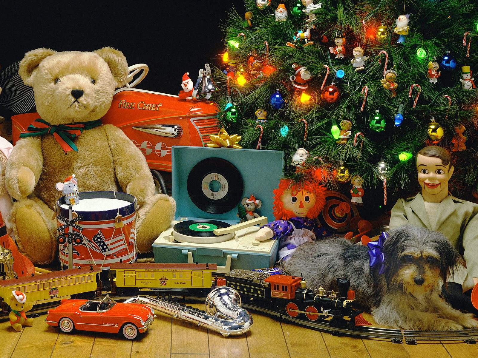 Toys At Christmas : Retro christmas desktop pc and mac wallpaper