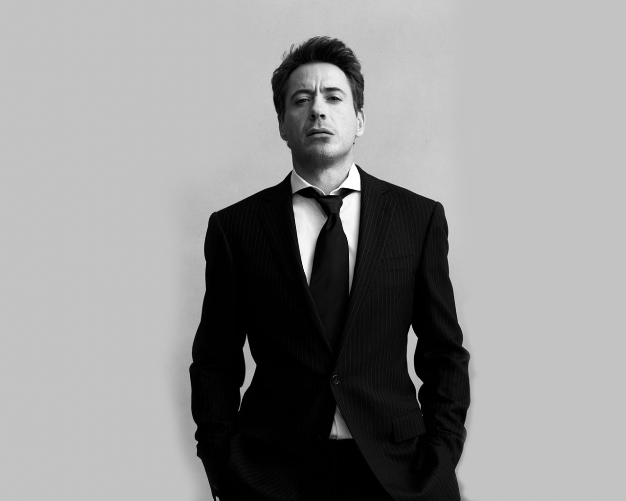 1280x1024 Robert Downey Junior Black Suit desktop PC and Mac wallpaper Robert Downey