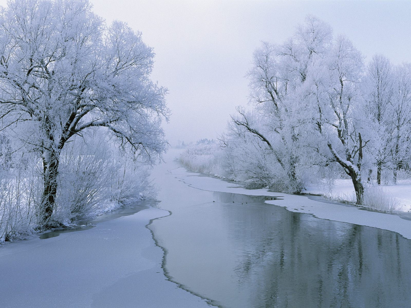 1600x1200 rvier in winter desktop pc and mac wallpaper - Desktop wallpaper 1600x1200 ...