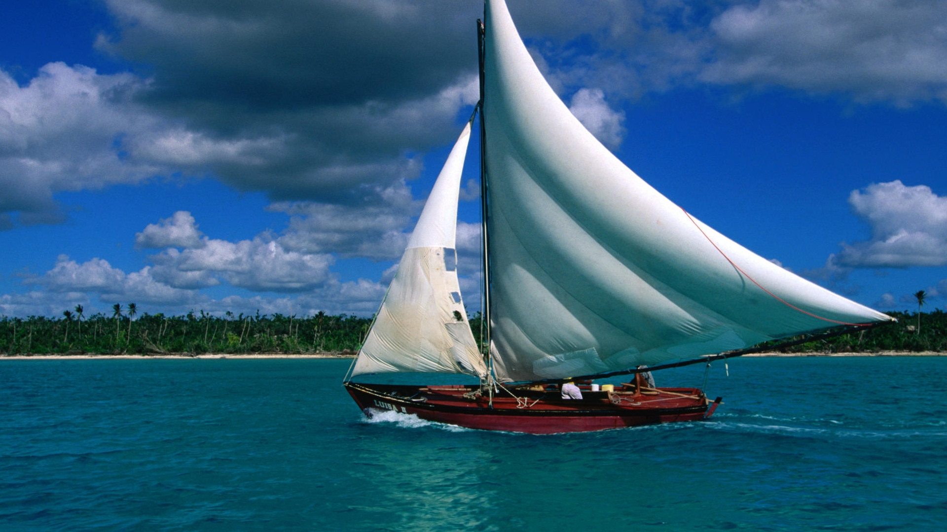 Ultra HD Sailing Palm Ocean × Ultra HD Boat Wallpapers