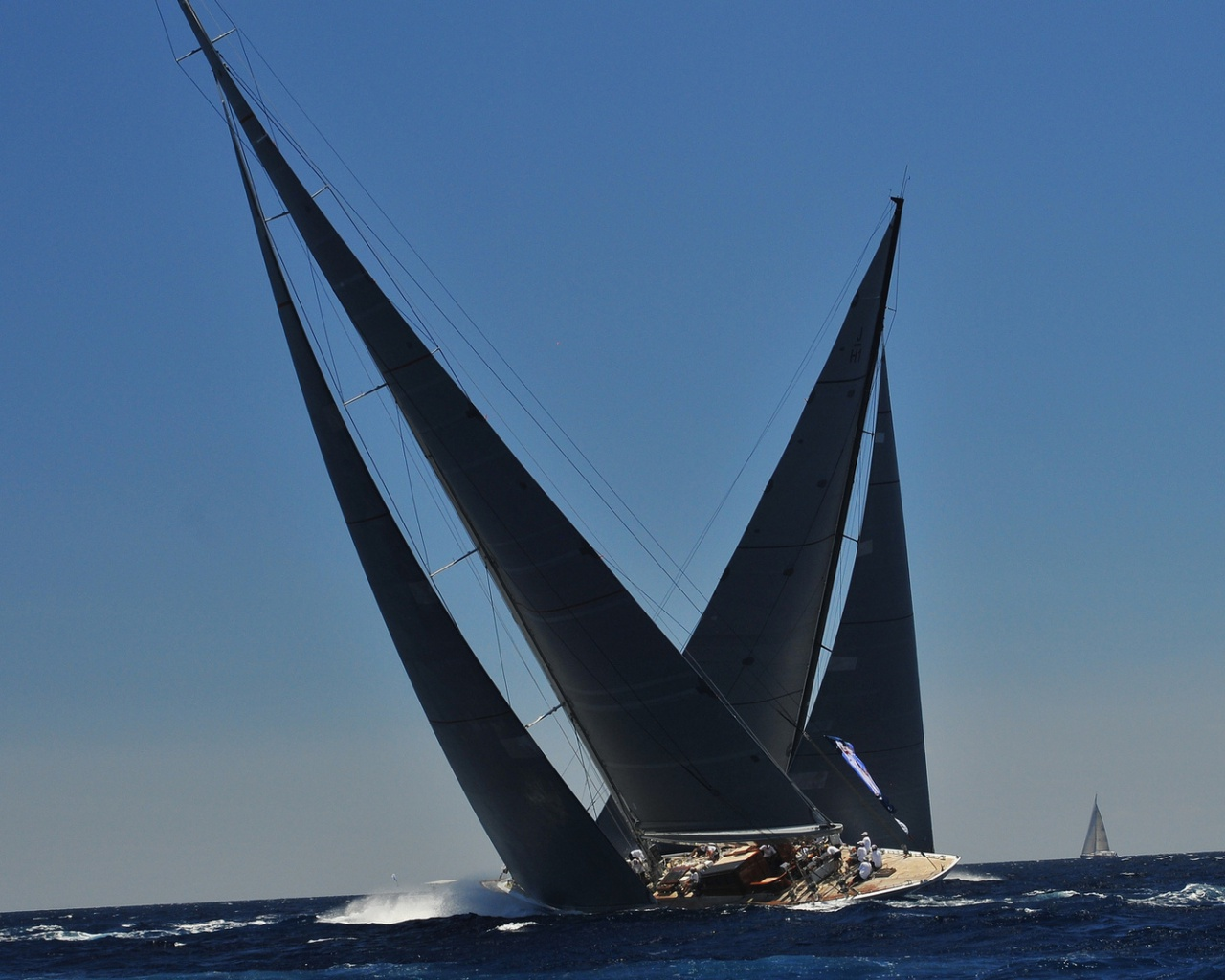 1280x1024 Sailing Yacht desktop PC and Mac wallpaper