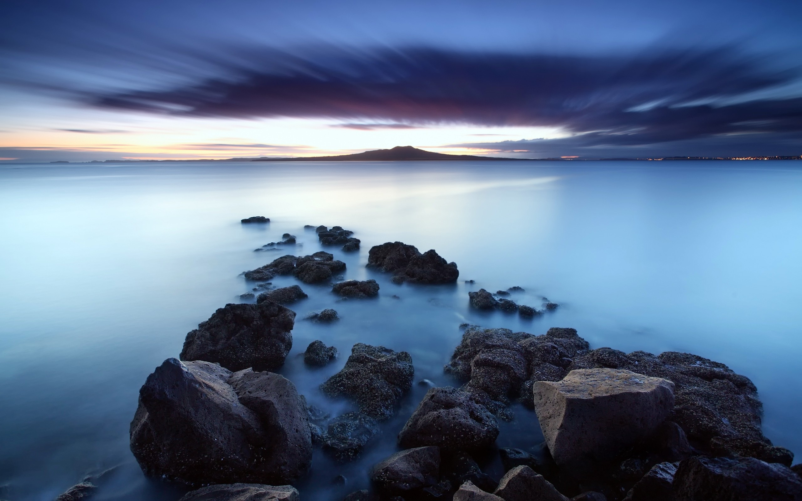 2560x1600 sky ocean & black stones desktop pc and mac wallpaper