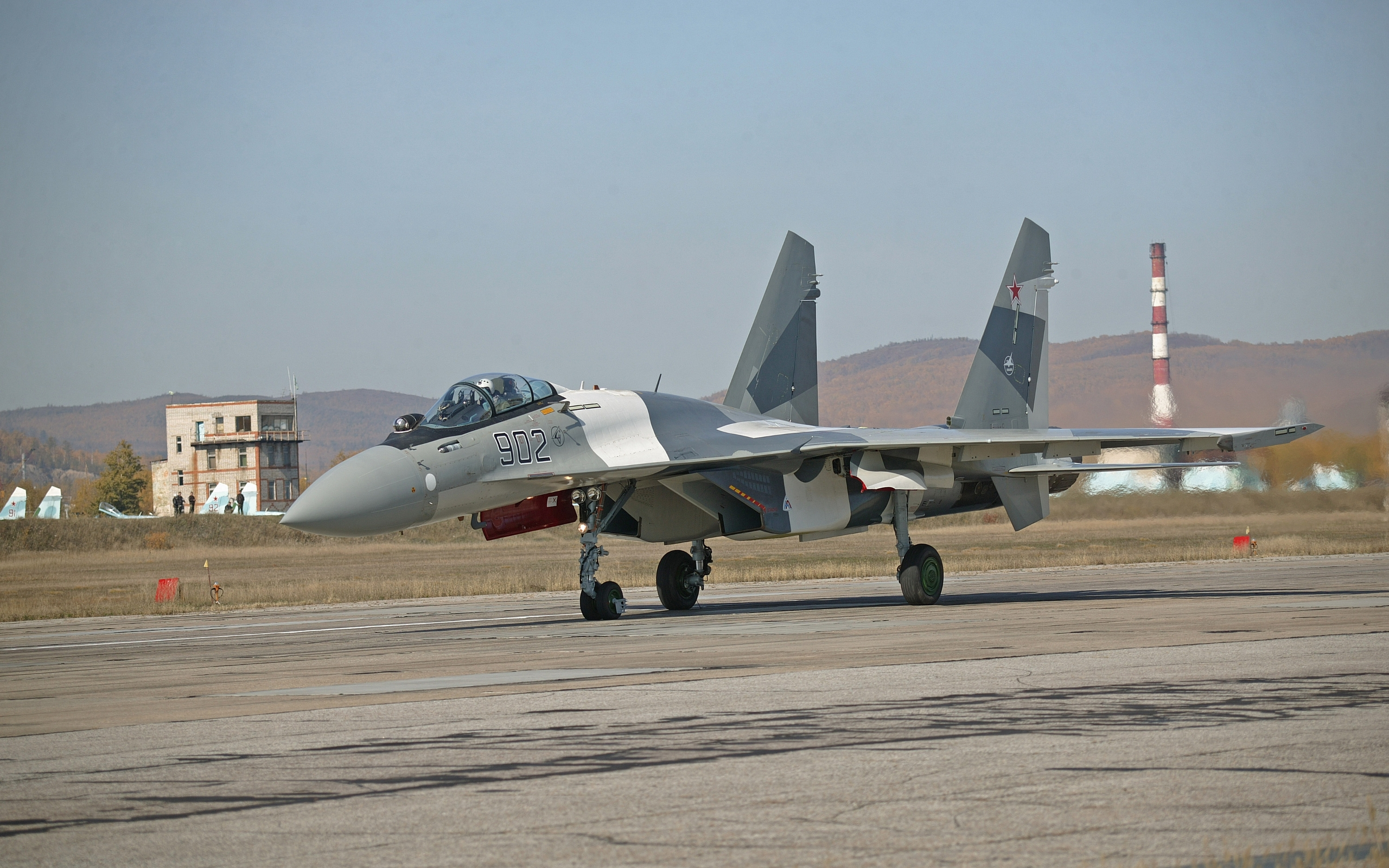 Image: SU-35 Fighter On Track wallpapers and stock photos. «