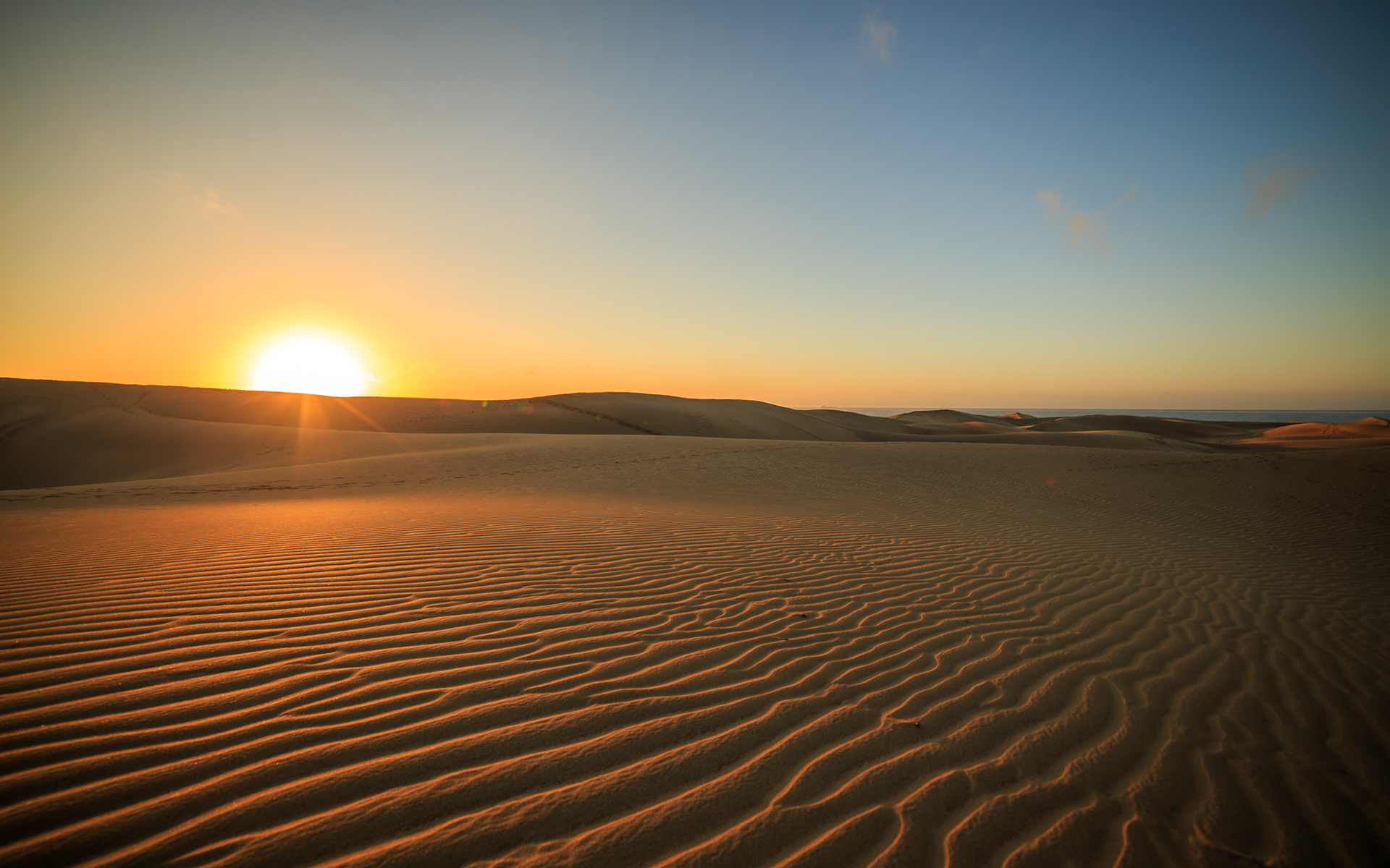 sunset desert wallpapers sunset desert stock photos