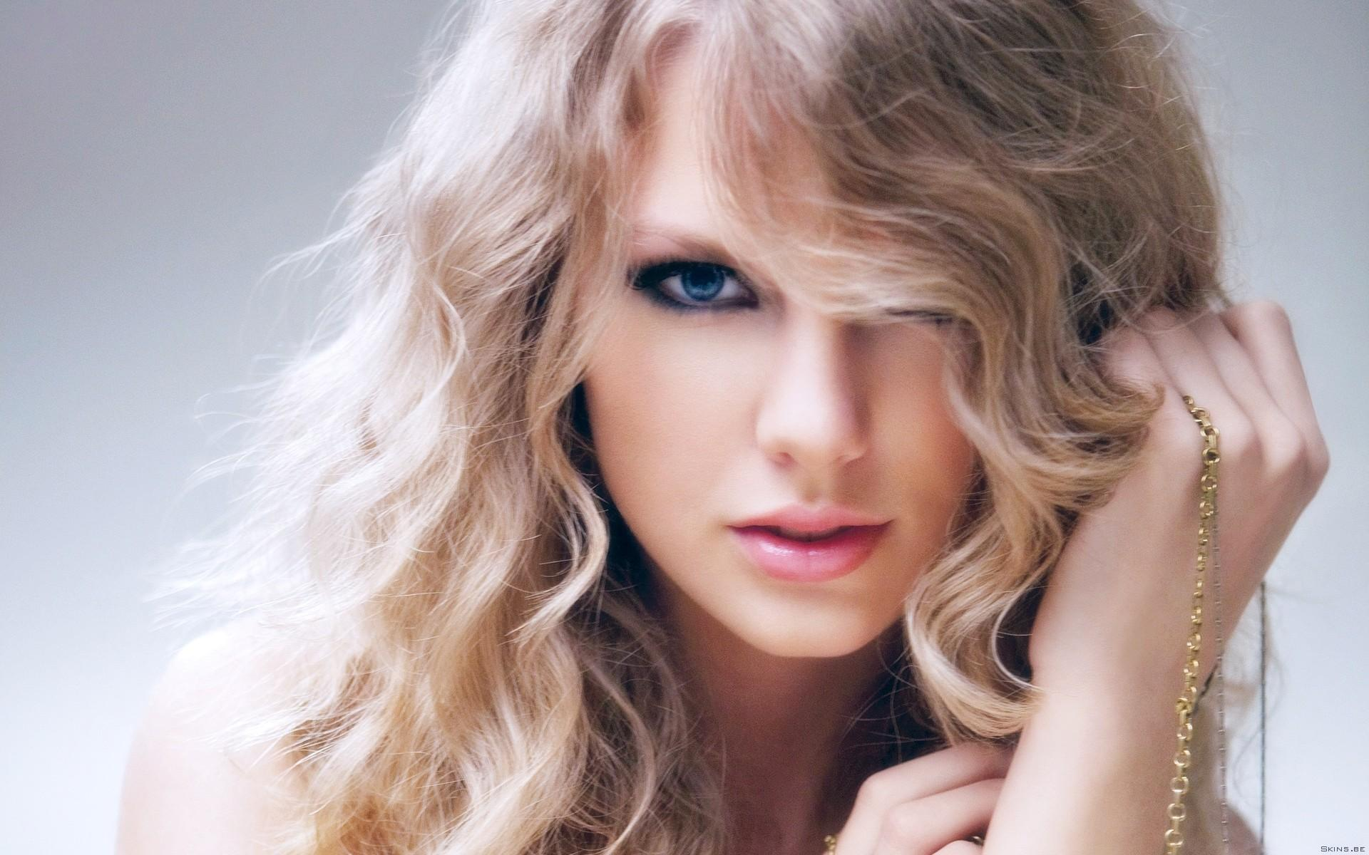 1920x1200 Taylor Swift Cute desktop PC and Mac wallpaper