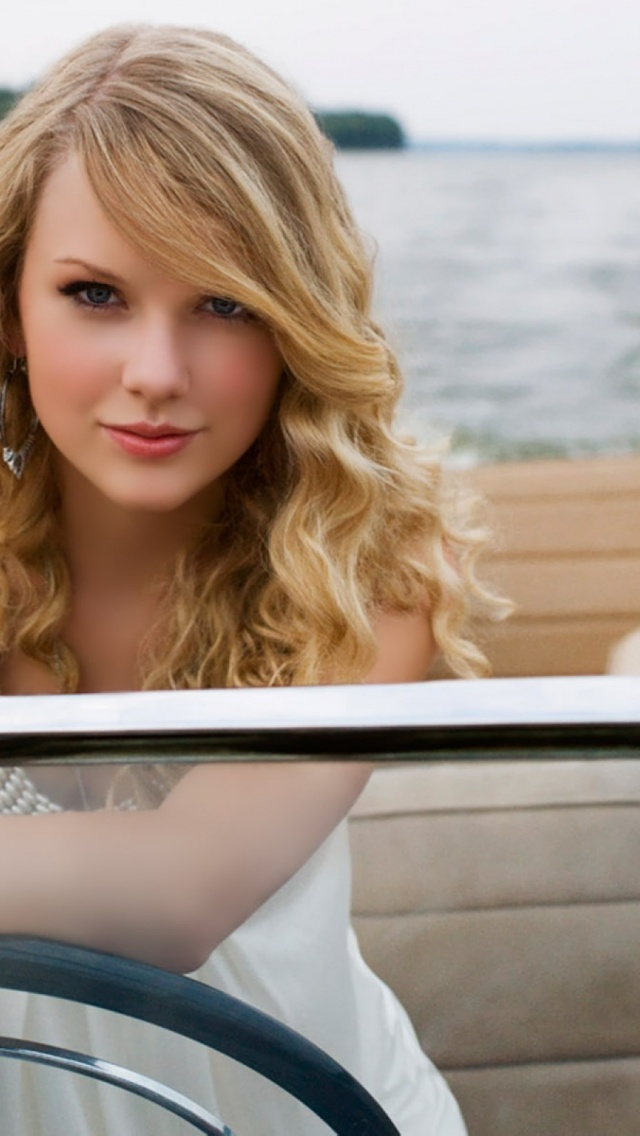 640x1136 Taylor Swift Sailing Iphone 5 Wallpaper