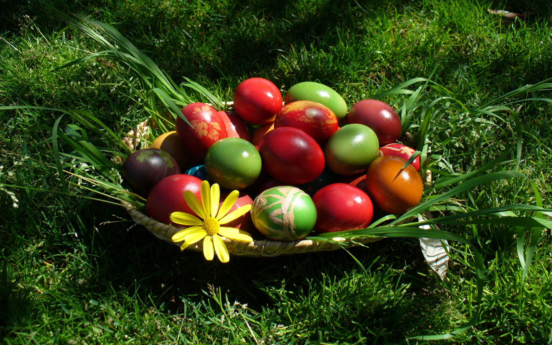 Image The Easter Egg Holidays Wallpapers And Stock Photos