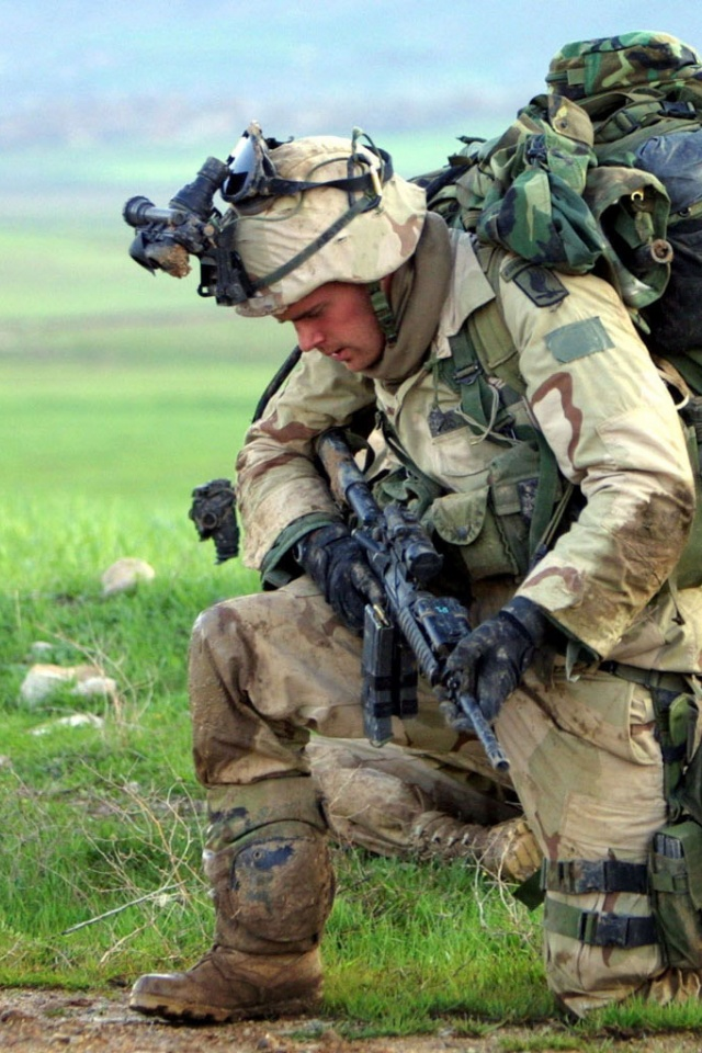 640x960 us army soldier iphone 4 wallpaper voltagebd Image collections