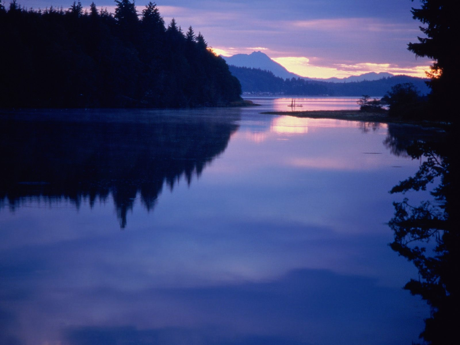 1600x1200 vancouver island desktop pc and mac wallpaper for Home wallpaper vancouver