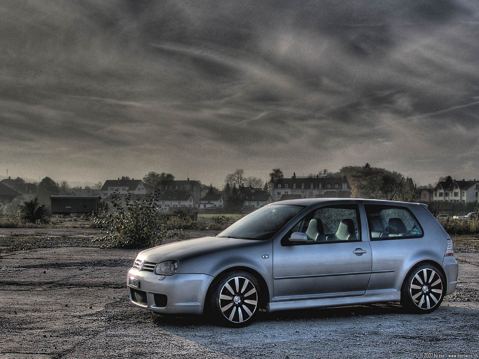 vw golf iv r32 wallpapers vw golf iv r32 stock photos. Black Bedroom Furniture Sets. Home Design Ideas