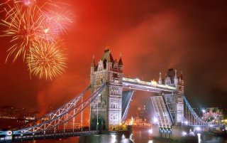 London Bridge lights wallpapers and stock photos