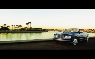 Random: 2006 Bentley Azure