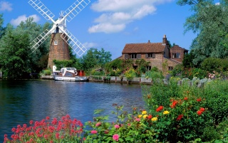 Hunsett Mill wallpapers and stock photos