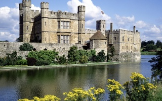 Leeds Castle wallpapers and stock photos