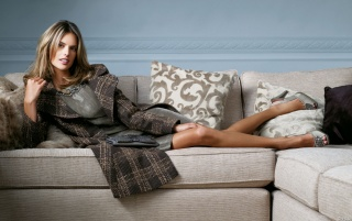 Previous: Alessandra on sofa