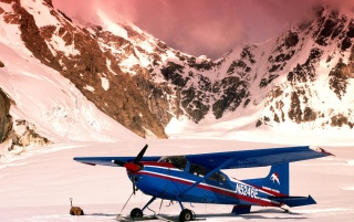 Cessna 185 avion wallpapers and stock photos