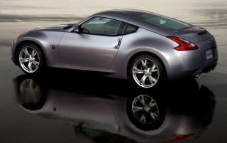 370Z reflection wallpapers and stock photos