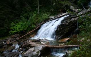 Mountain Wasserfall wallpapers and stock photos