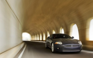 Next: XKR in tunnel