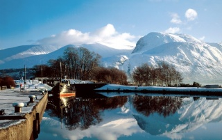 Ben Nevis in Schottland wallpapers and stock photos