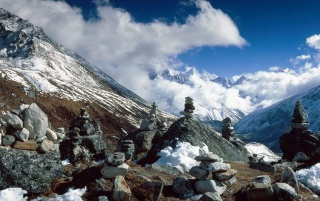 Khumbu Valley wallpapers and stock photos