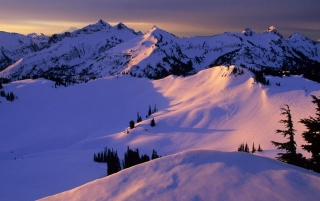 Tatoosh Range wallpapers and stock photos