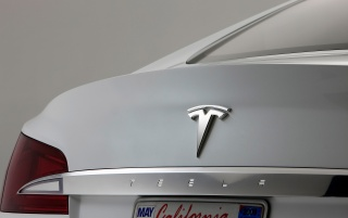 Tesla S Abzeichen wallpapers and stock photos