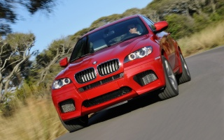 BMW X6 M frente wallpapers and stock photos
