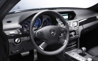 Previous: E 63 AMG dashboard