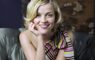 Random: Reese Witherspoon