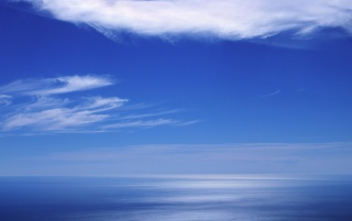 Random: Blue sea horizon