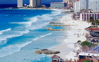 Cancun Shoreline wallpapers and stock photos