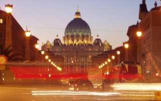 Random: vatican at night