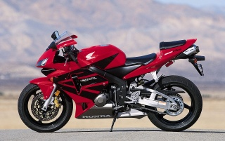 CBR 600 2 wallpapers and stock photos