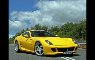 599 GTB Fiorano Front Angle wallpapers and stock photos