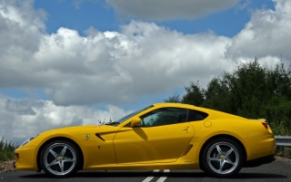 599 GTB Fiorano Side wallpapers and stock photos