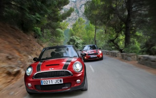 Mini Cooper JCW Pursuit wallpapers and stock photos