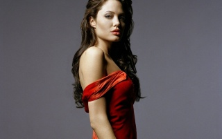Random: Angelina Jolie red 2