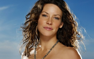 Evangeline Lilly Lächeln wallpapers and stock photos