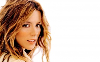 Previous: Kate Beckinsale Closeup