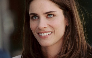 Amanda Peet Sonriendo wallpapers and stock photos